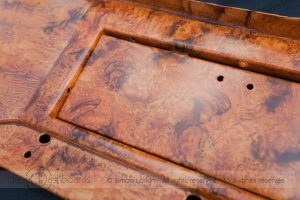 Restaurateur tableau de bord Facel Vega - Simulation de bois en peinture sur métal - Normandie - France