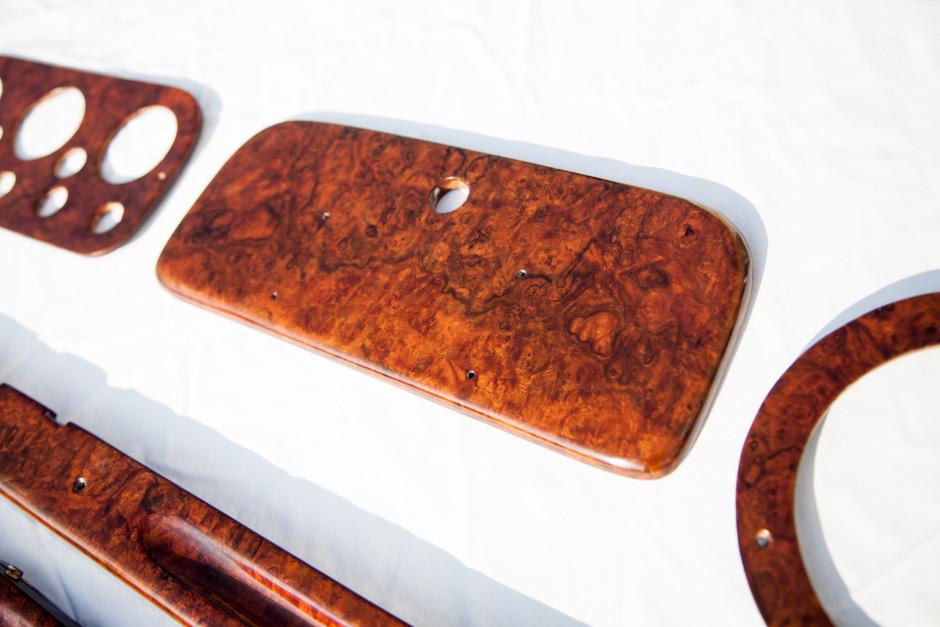 AC Aceca Dashboard & Wooden Trim restoration - Re-veneering the glove box in burr walnut