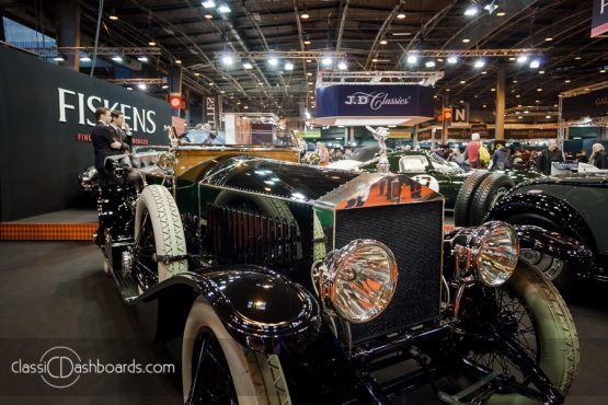 Classic Dashboards à Retromobile 2018 –  – Simon Lorkin – www.c